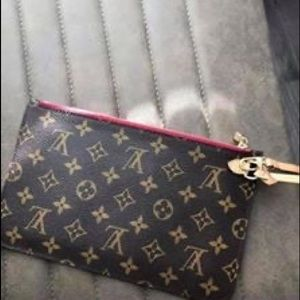 Louis Vuitton Monogram Pouchette